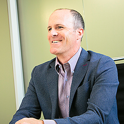 Headshot of Alex Washburn, Managing Partner of Columbia Pacific Wealth Management in Seattle